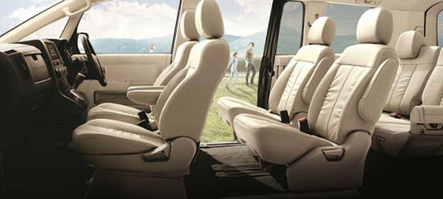 Tampilan Interior Jok Mitsubishi Delica 2019 carmudi indonesia