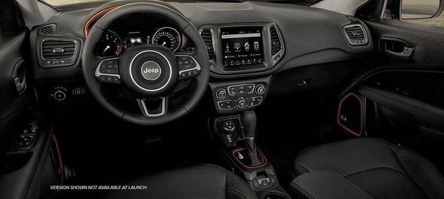 Tampilan Interior Jeep Compass