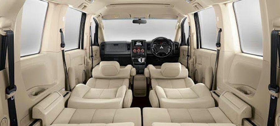 Tampilan Jok Interior Mitsubishi Delica 2019 carmudi indonesia
