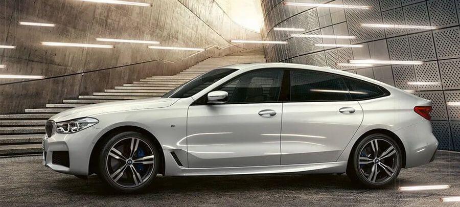 Tampilan Samping BMW Series 6